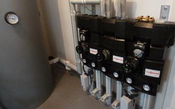 Locale tecnico abitazione classe A servito da pompa di calore aria-acqua e pannelli solari